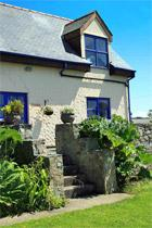 Y Stabl: Self catering accommodation in Rhoscolyn